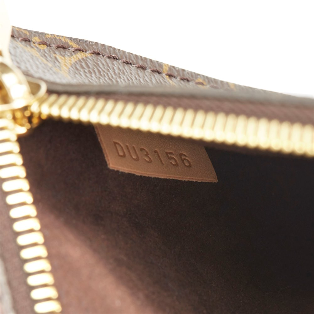 8fe4a26487 Louis Vuitton Pochette Metis 2016 HB2791   Second Hand Handbags