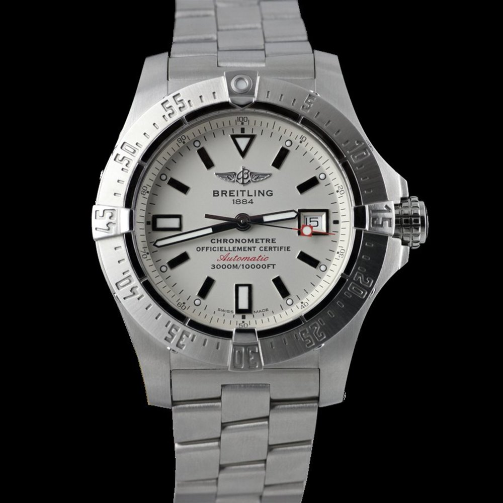 Breitling Avenger Stainless Steel A1733010.G697.147A