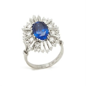 18k White Gold Burmese Sapphire & Diamond Cocktail Ring