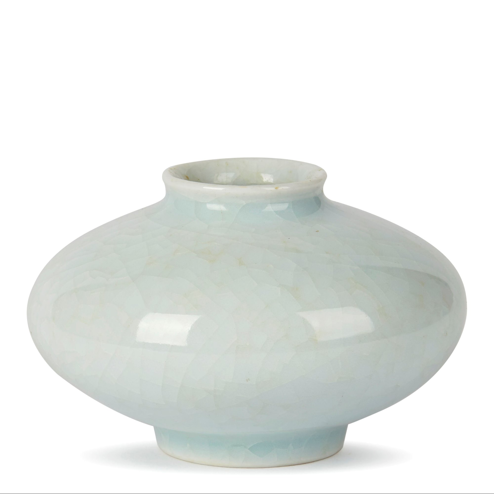 WILLIAM MEHORNAY STUDIO POTTERY ICE BLUE WHITE VASE 1980 Made in 1983