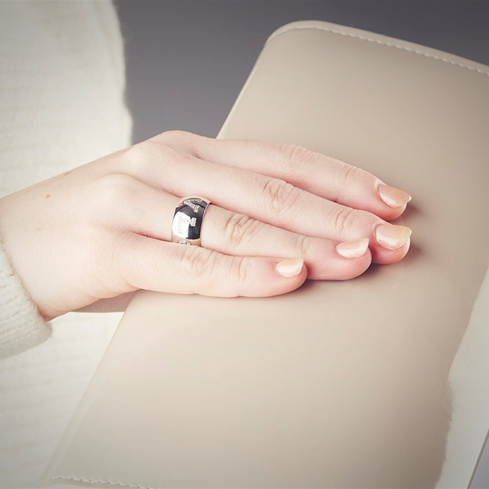 Bvlgari 18k White Gold 0.50ct Diamond Monologo Ring