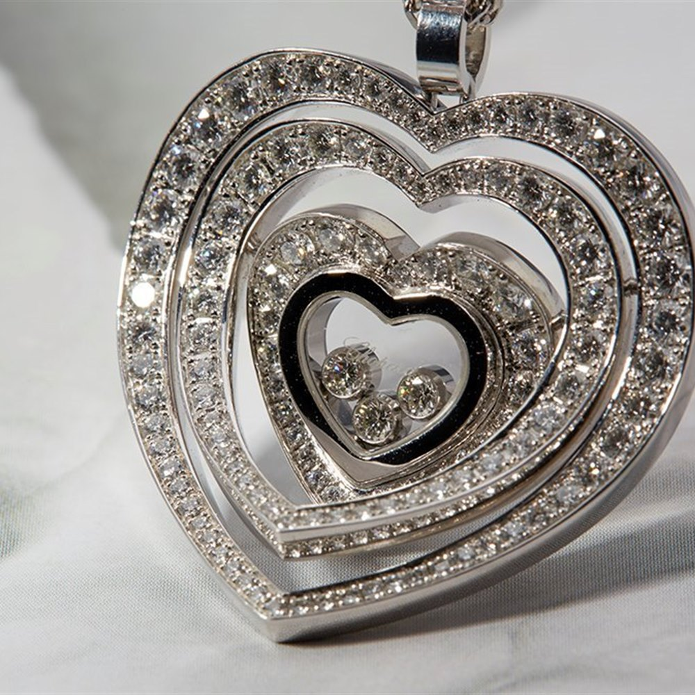 Chopard Happy Diamonds 18K White Gold Medium Pave Diamond Heart Pendant Necklace
