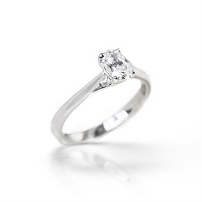 Mappin & Webb Platinum GIA Certified Oval Brilliant Cut Diamond Engagement Ring