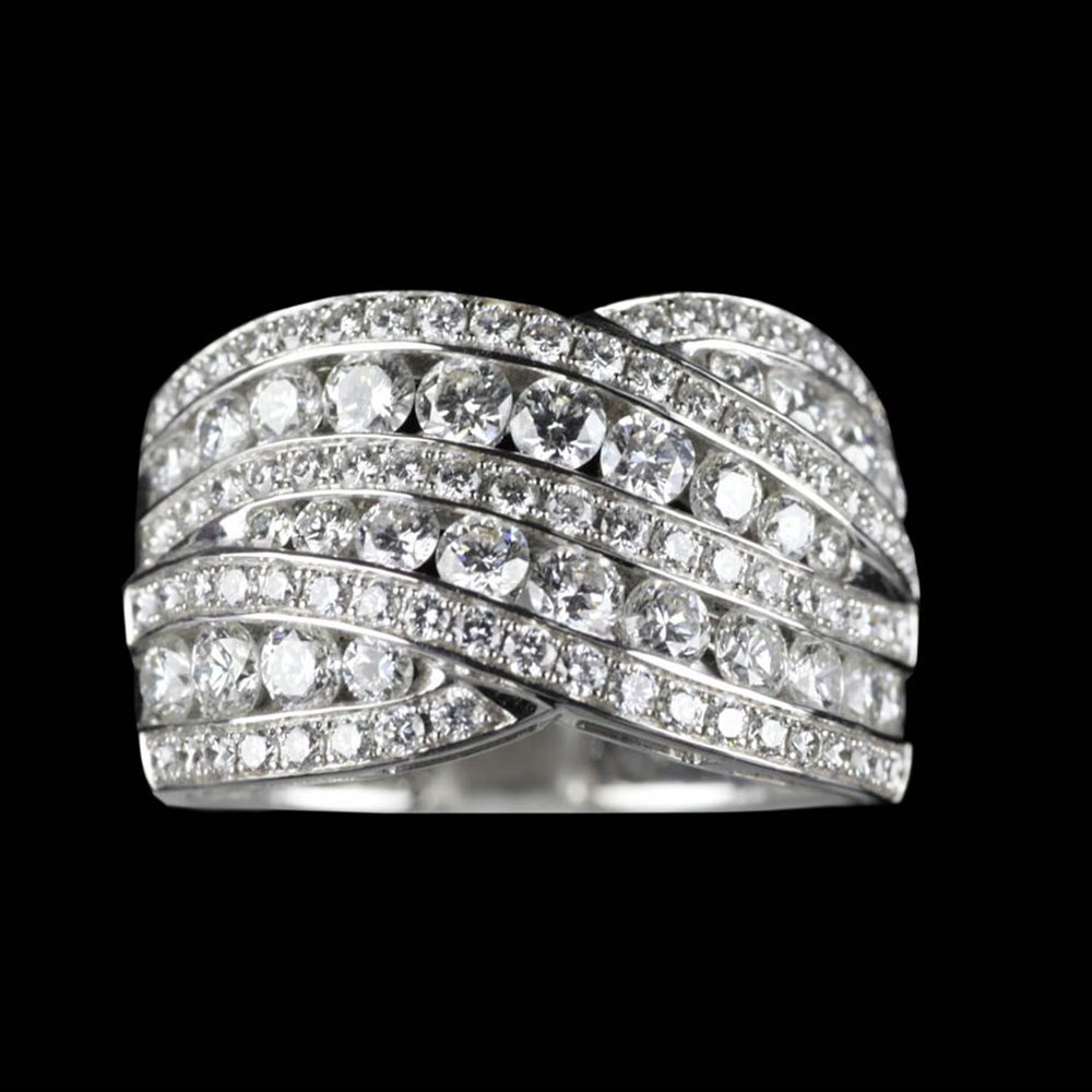 Mappin & Webb 18K White Gold 1.86 cts G VS1 Diamond Crossover Ring Size M