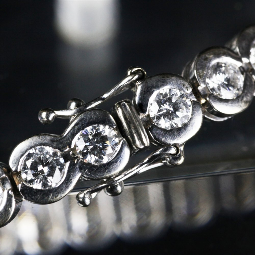 18k White Gold 18k White Gold 7.25cts VS1 Colour F-G Diamond Tennis Bracelet