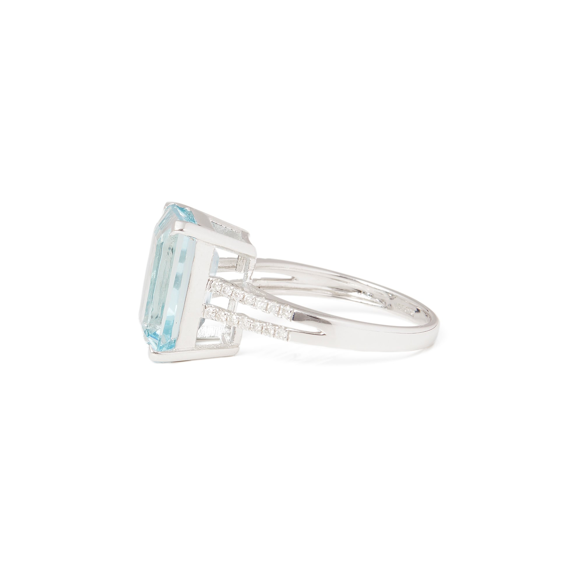 David Jerome 18k White Gold Aquamarine and Diamond Ring