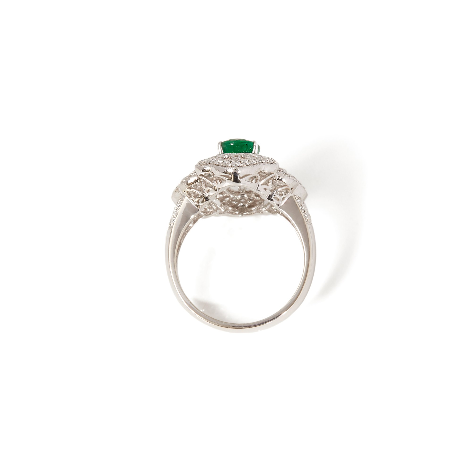 David Jerome Certified 1.72ct Oval cut Emerald and Diamond 18ct gold Ring