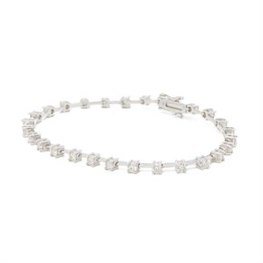18ct White Gold 2.32ct Diamond Line Bracelet