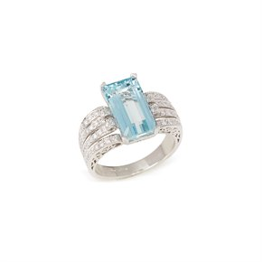 V Certified 4.58ct Emerald Cut Brazilian Aquamarine and Diamond Ring