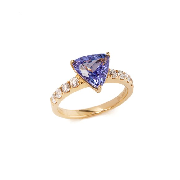 David Jerome Certified 2.82ct Triangular cut Tanzanite and Diamond 18ct gold ring