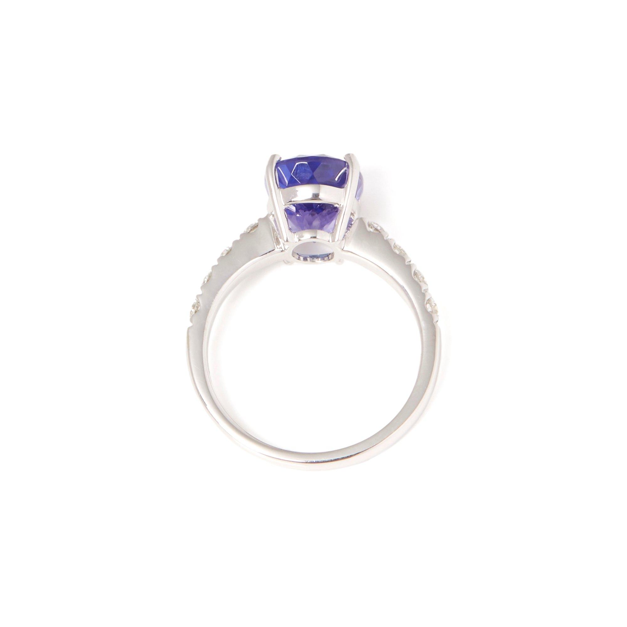 David Jerome Certified 4.33ct 18ct White gold Tanzanite and Diamond Ring