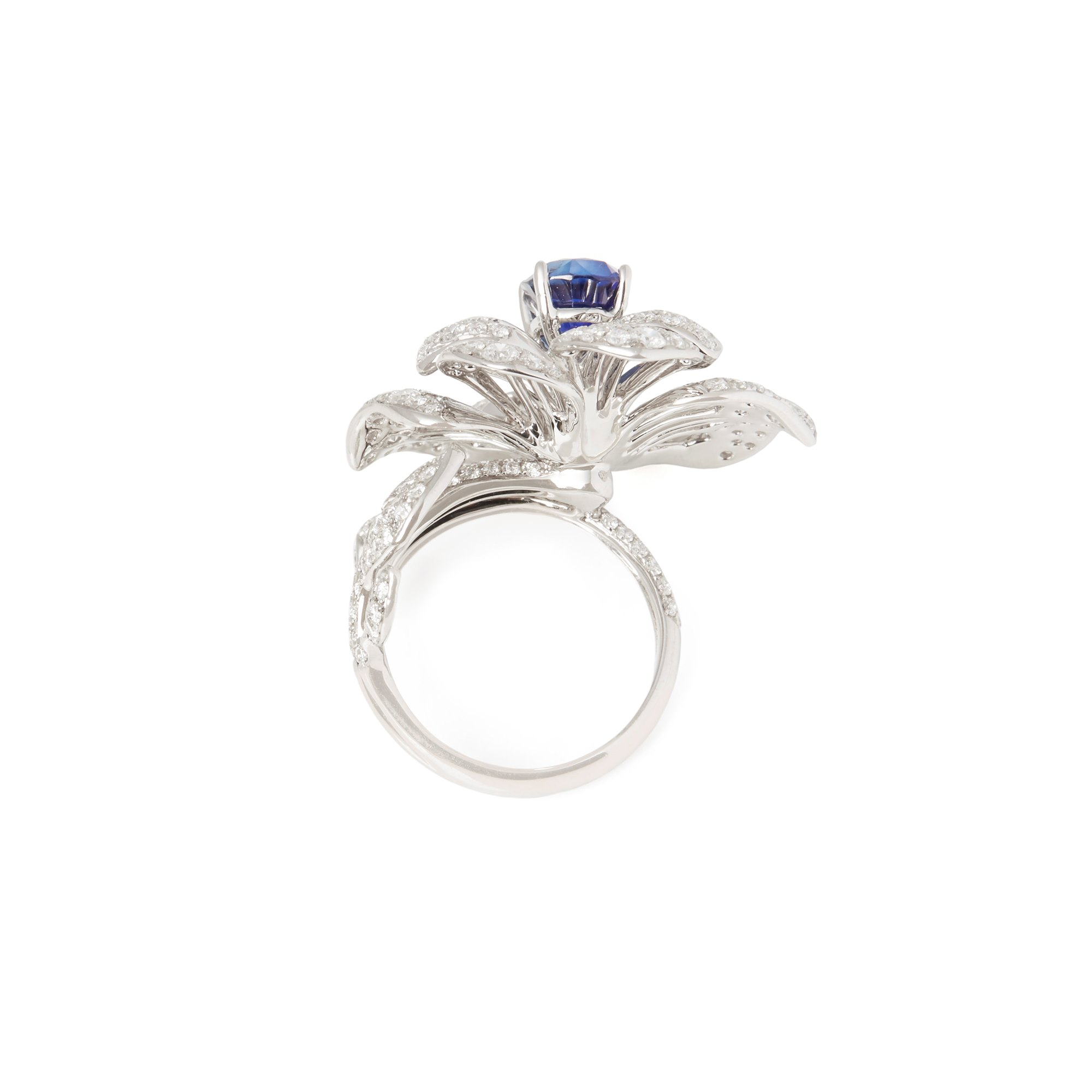 David Jerome Certified 2.84ct Oval Cut Sapphire and Diamond 18ct Gold Ring