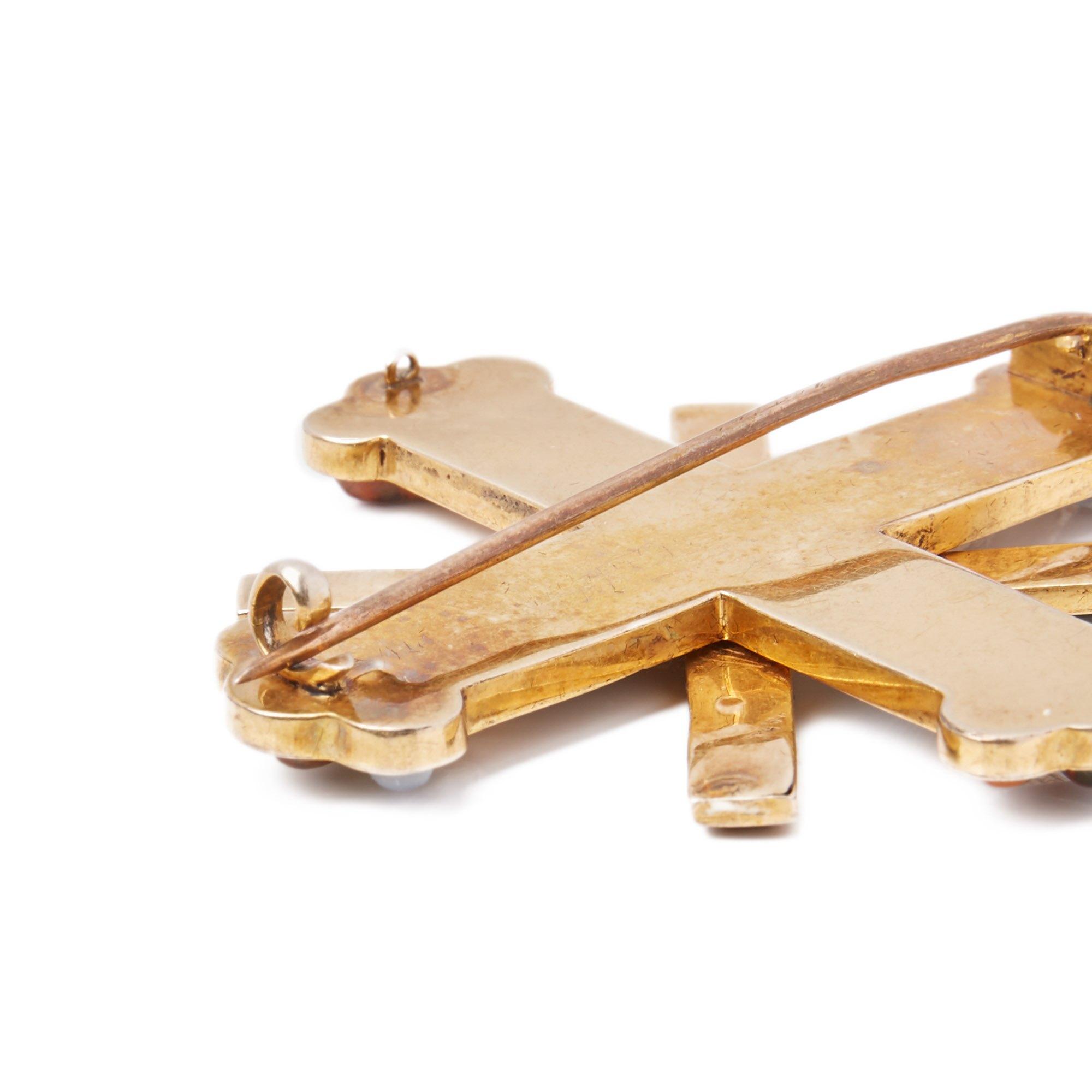 Agate RARE SCOTTISH OVERLAPPING CROSSES HARDSTONE GOLD BROOCH 19 C.