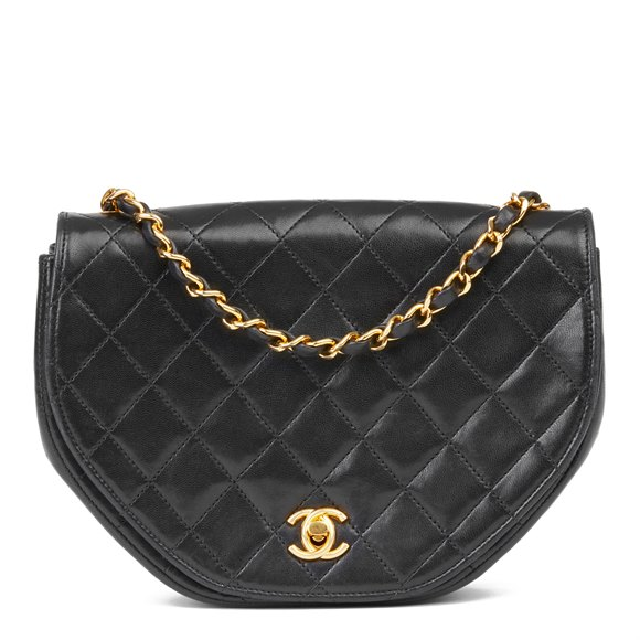 Chanel Black Quilted Lambskin Vintage Classic Round Flap Bag