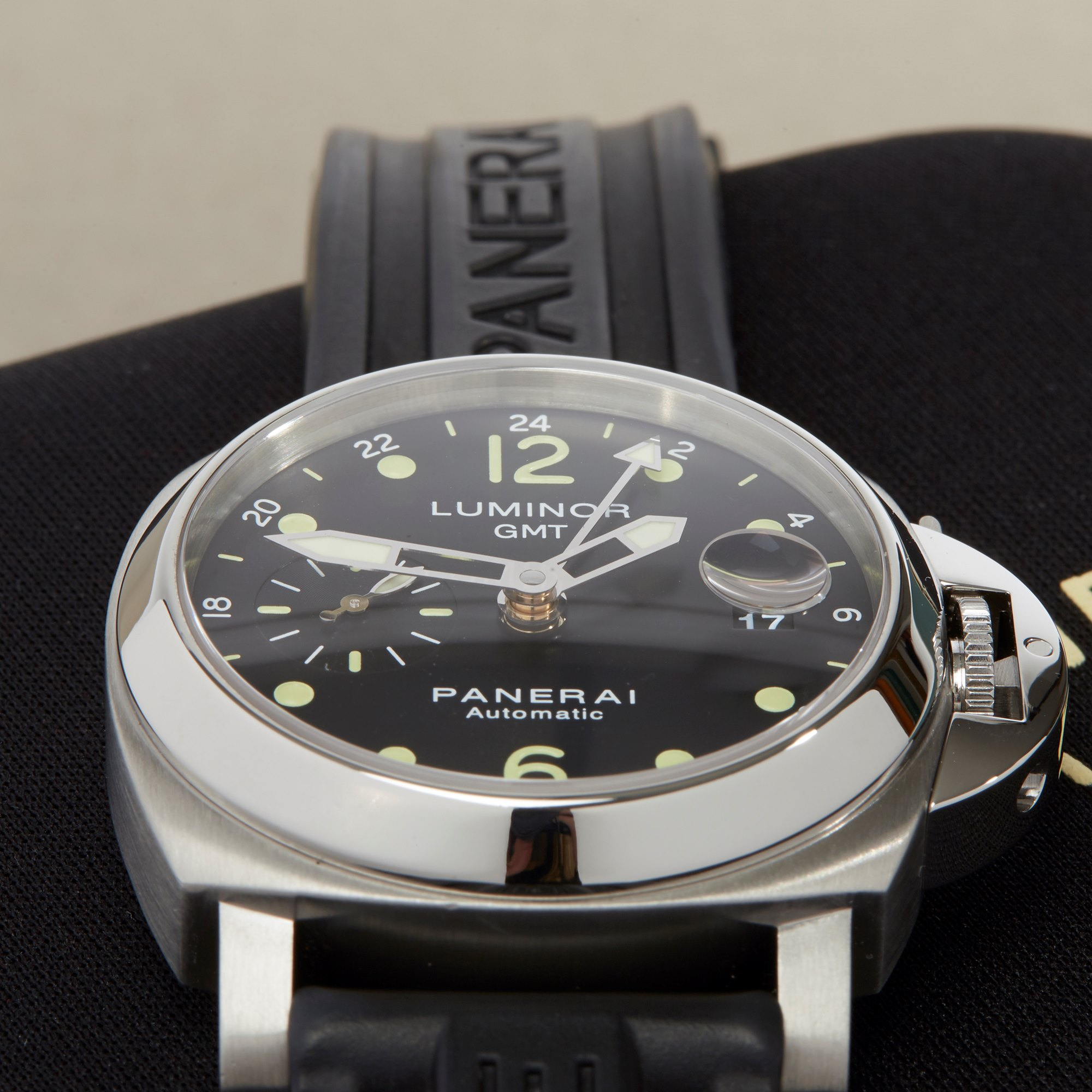 Panerai Luminor GMT Stainless Steel PAM00159