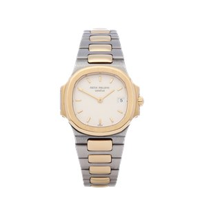 Patek Philippe Nautilus 18K Yellow Gold - 4700/2