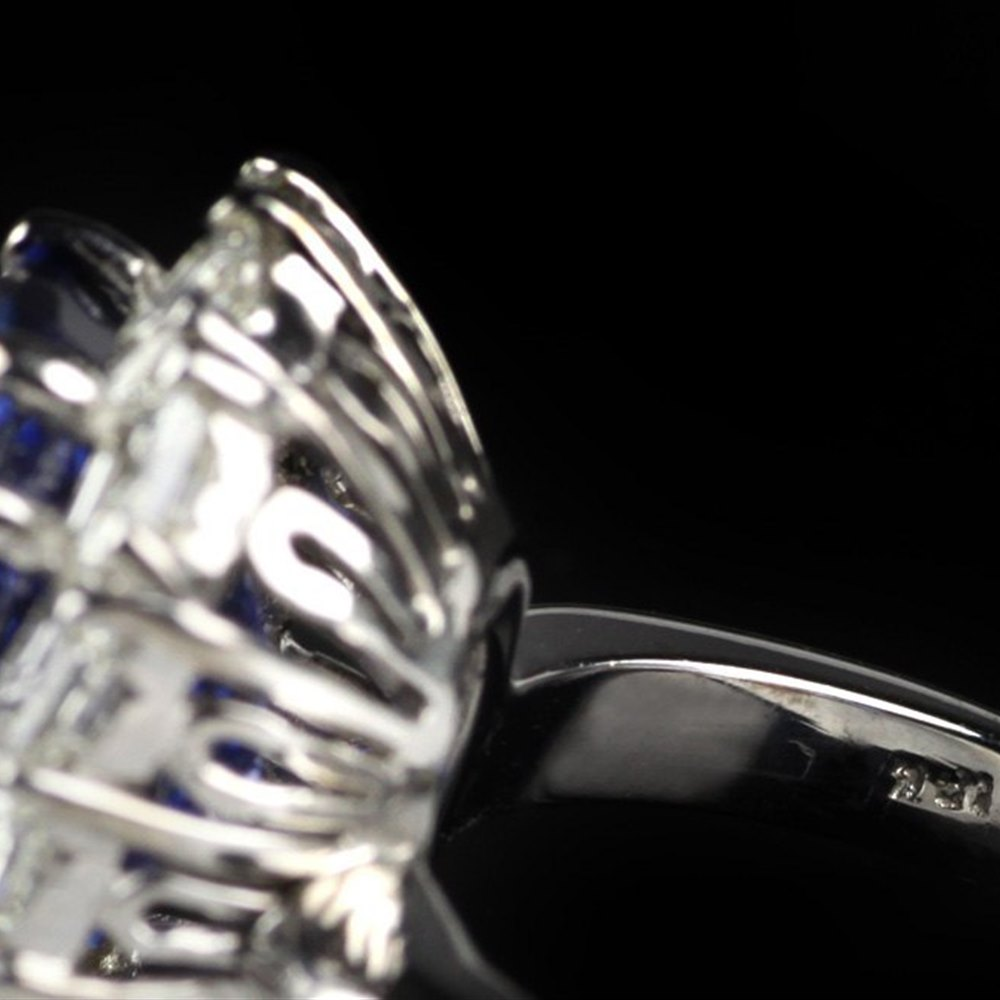Platinum  Sapphire and Diamond Platinum Ring