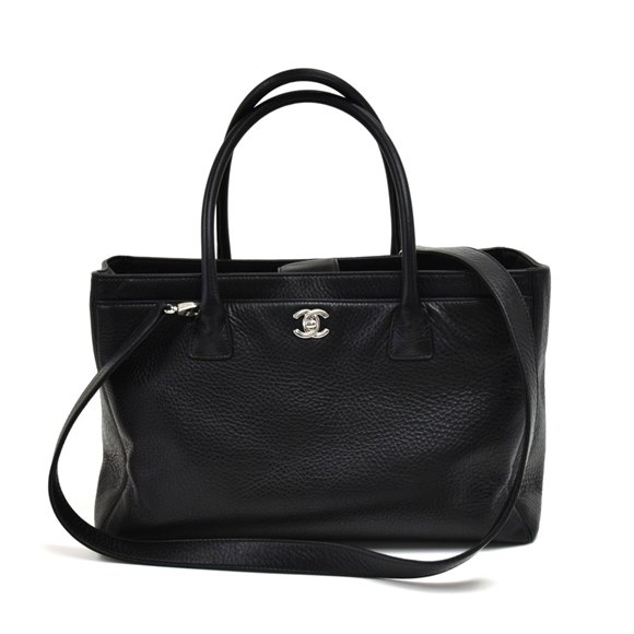 Chanel Black Calfskin Leather Medium Cerf Tote