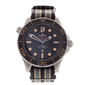 Omega Seamaster 300 007 James Bond Limited Edition Titanium - 210.92.42.20.01.001