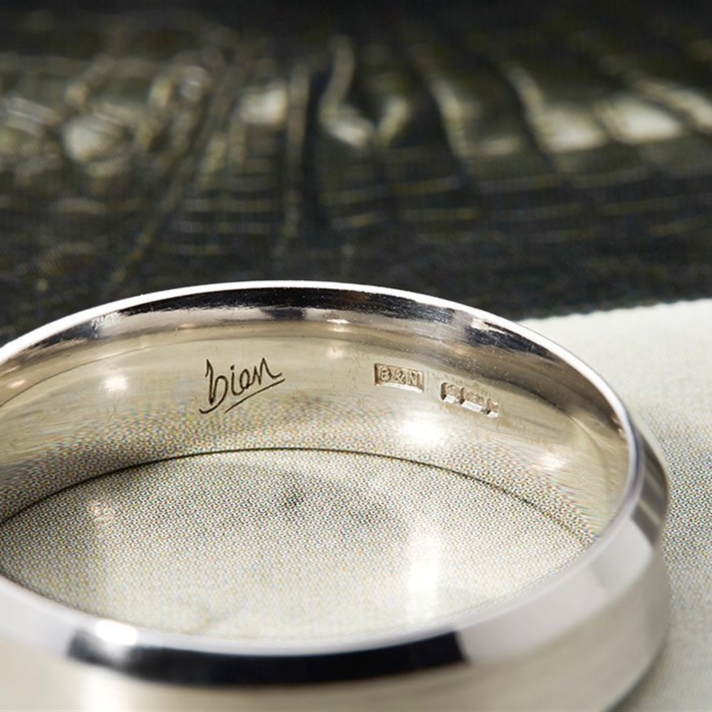 Mappin & Webb 18k White Gold Concave Brushed Wedding Band