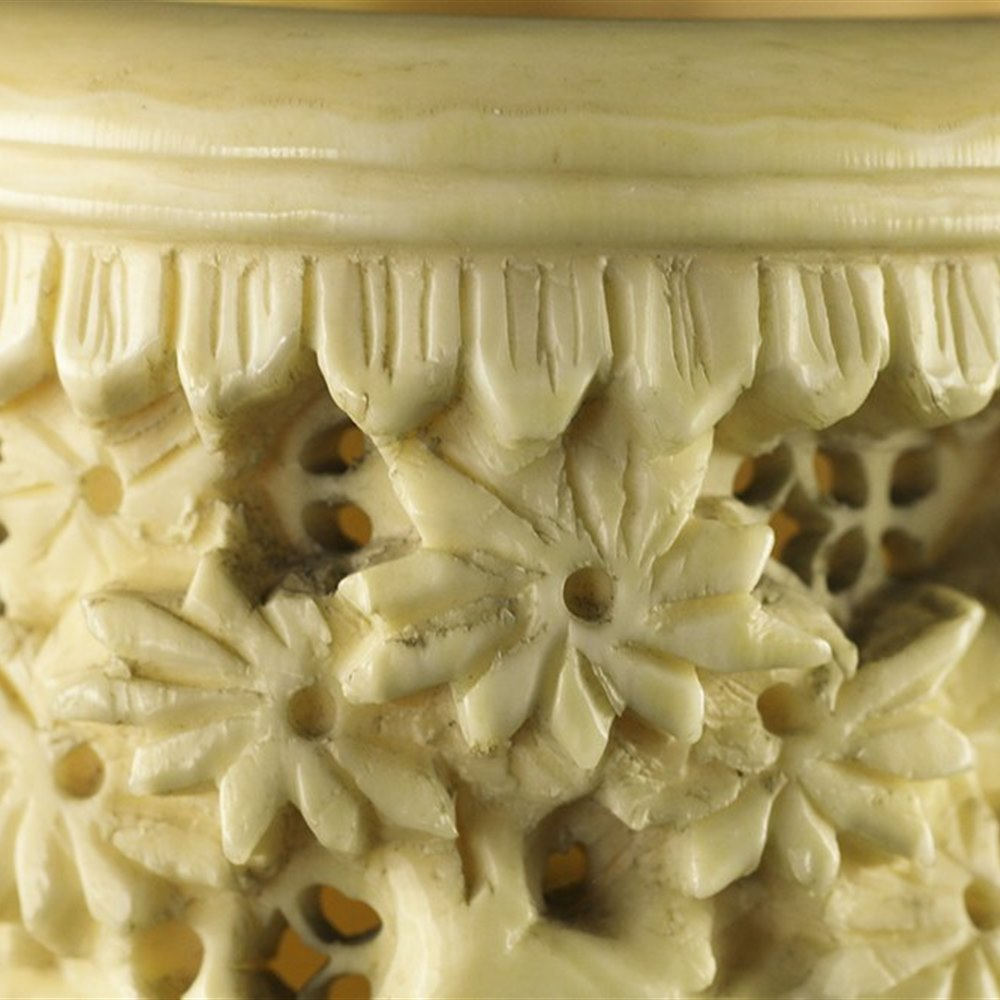 CHINESE IVORY BRUSH POT 19th Century