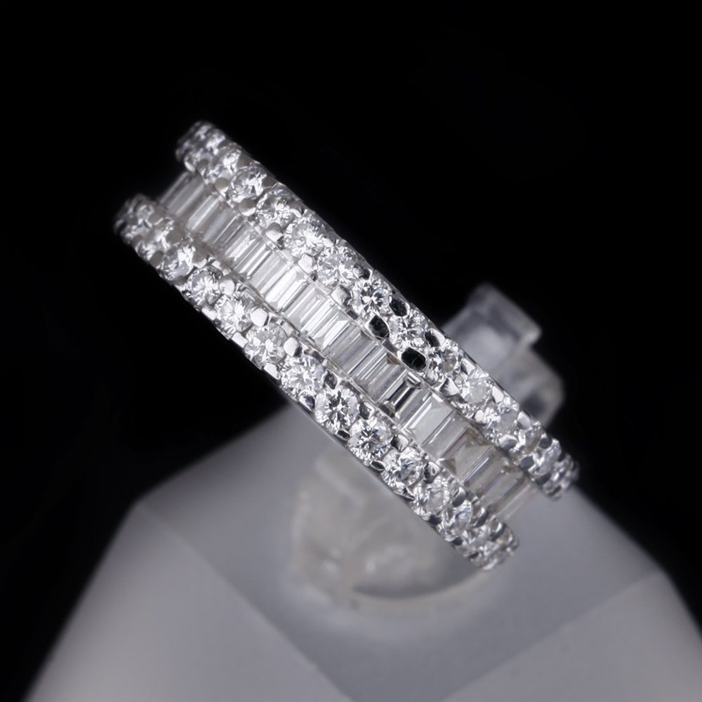18K White Gold 18K White Gold Diamond Eternity Ring