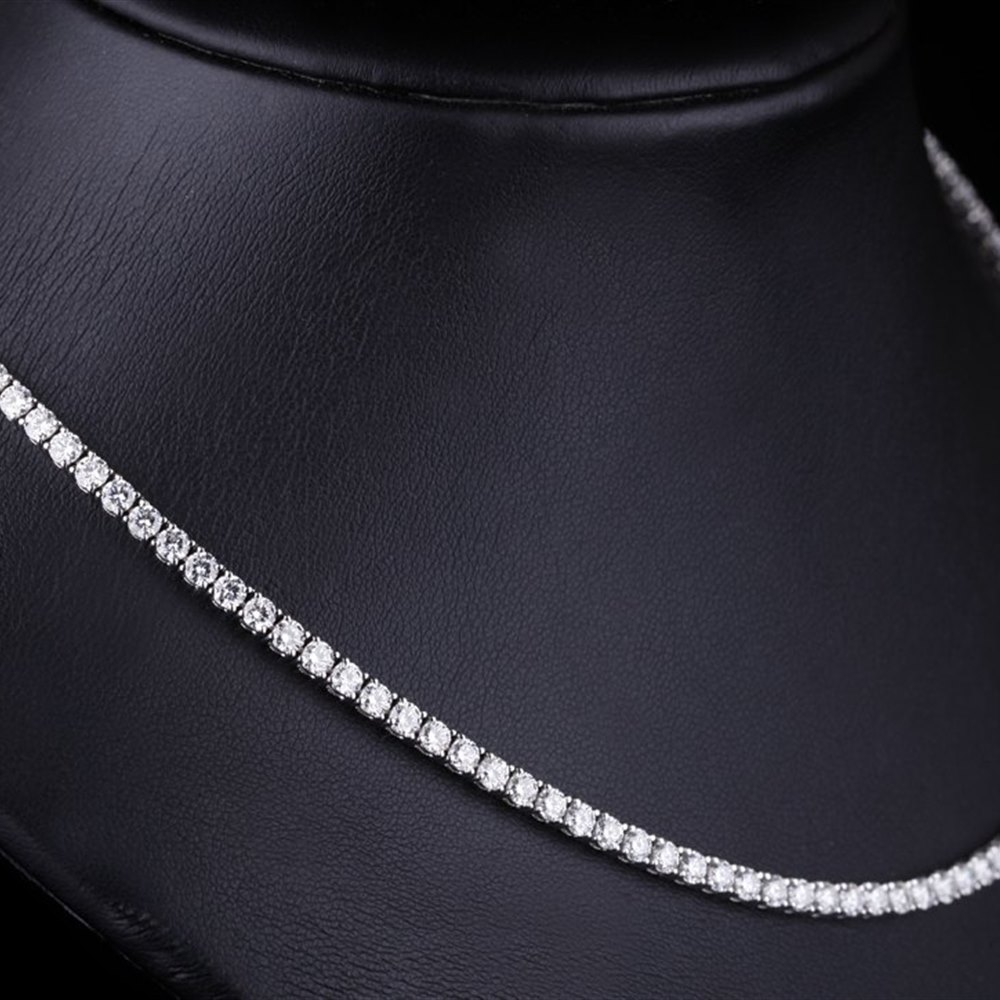 18k White Gold 18k White Gold 13.00cts Brilliant Cut VS F Diamond Tennis Necklace