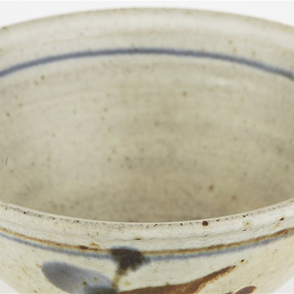 LEACH POTTERY BOWLS Date from the 20th C.