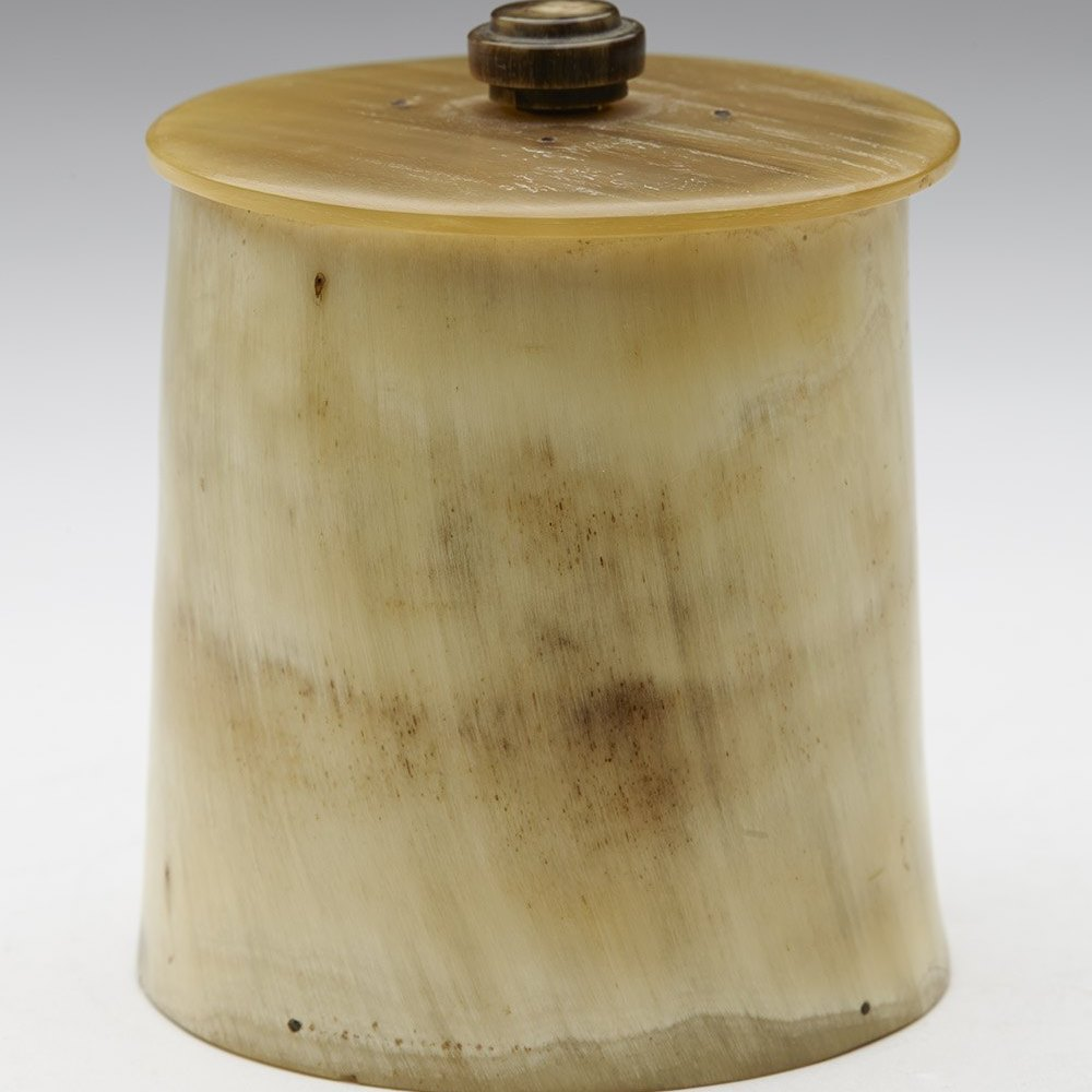 HORN SNUFF JAR 19TH C. Dates from the 19th century