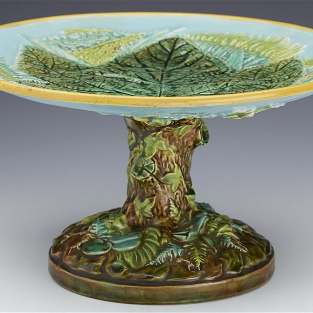 Superb Antique George Jones Majolica Oak Leaf Dessert Stand c.1865