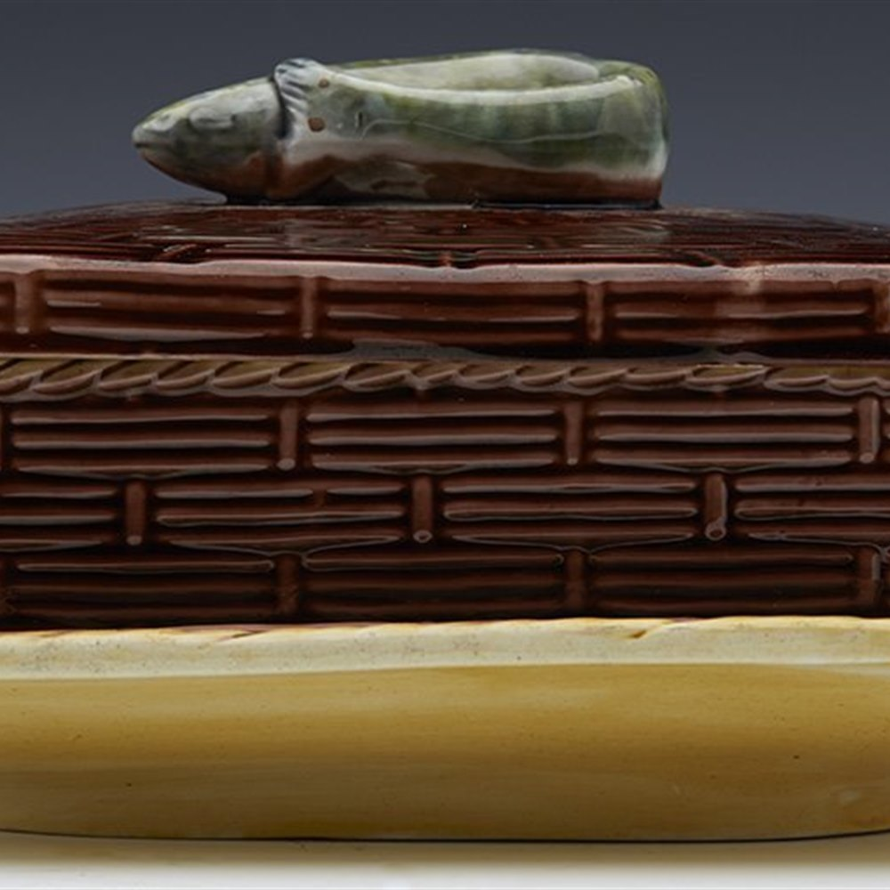 Superb Antique English Majolica Lidded Sardine Box With Eel c.1870