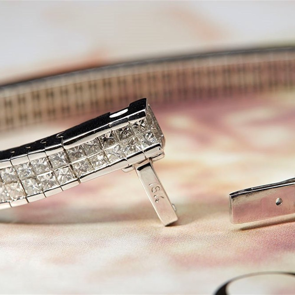 18k White Gold 18k White Gold 12.00cts Princess cut Diamonds Geometric Tennis Bracelet