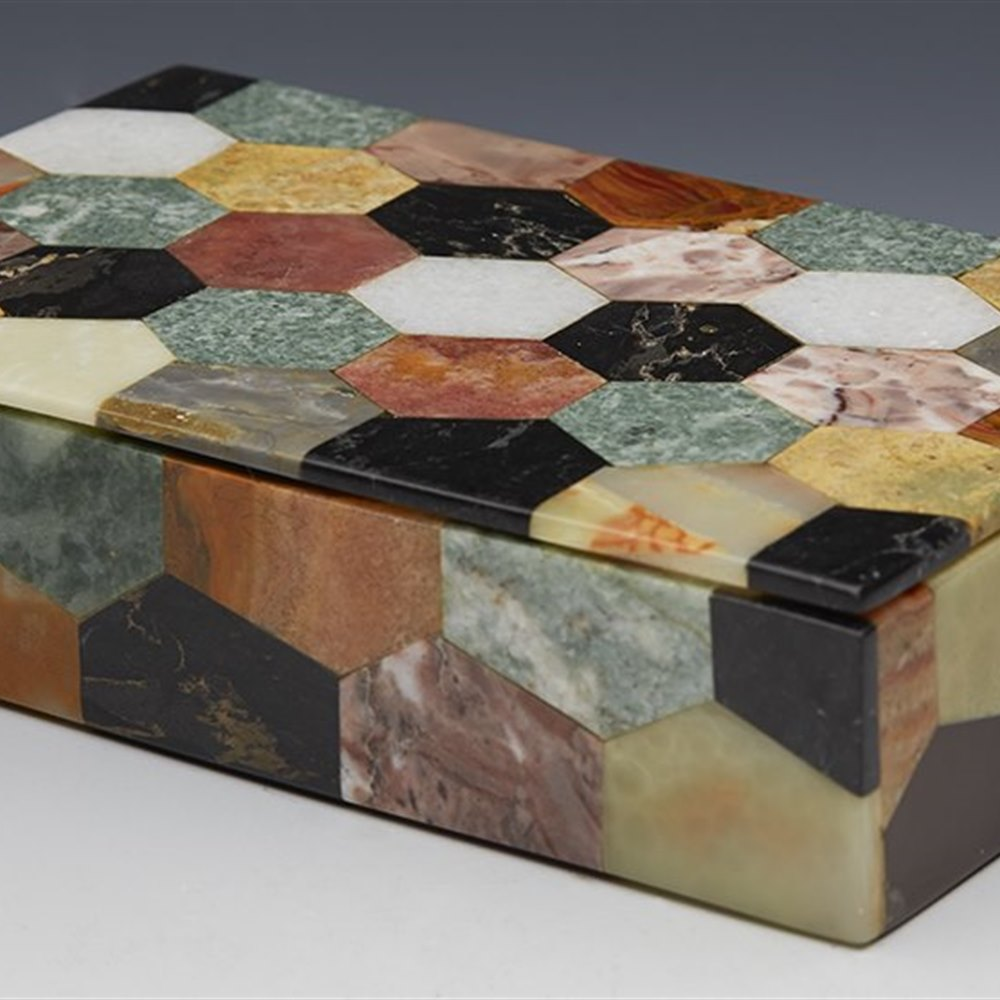 PIETRA DURA MARBLE BOX Circa 1900 or possibly earlier
