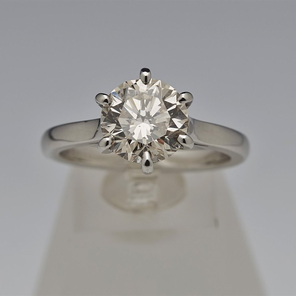 Platinum  Platinum Diamond 2.70cts Ring