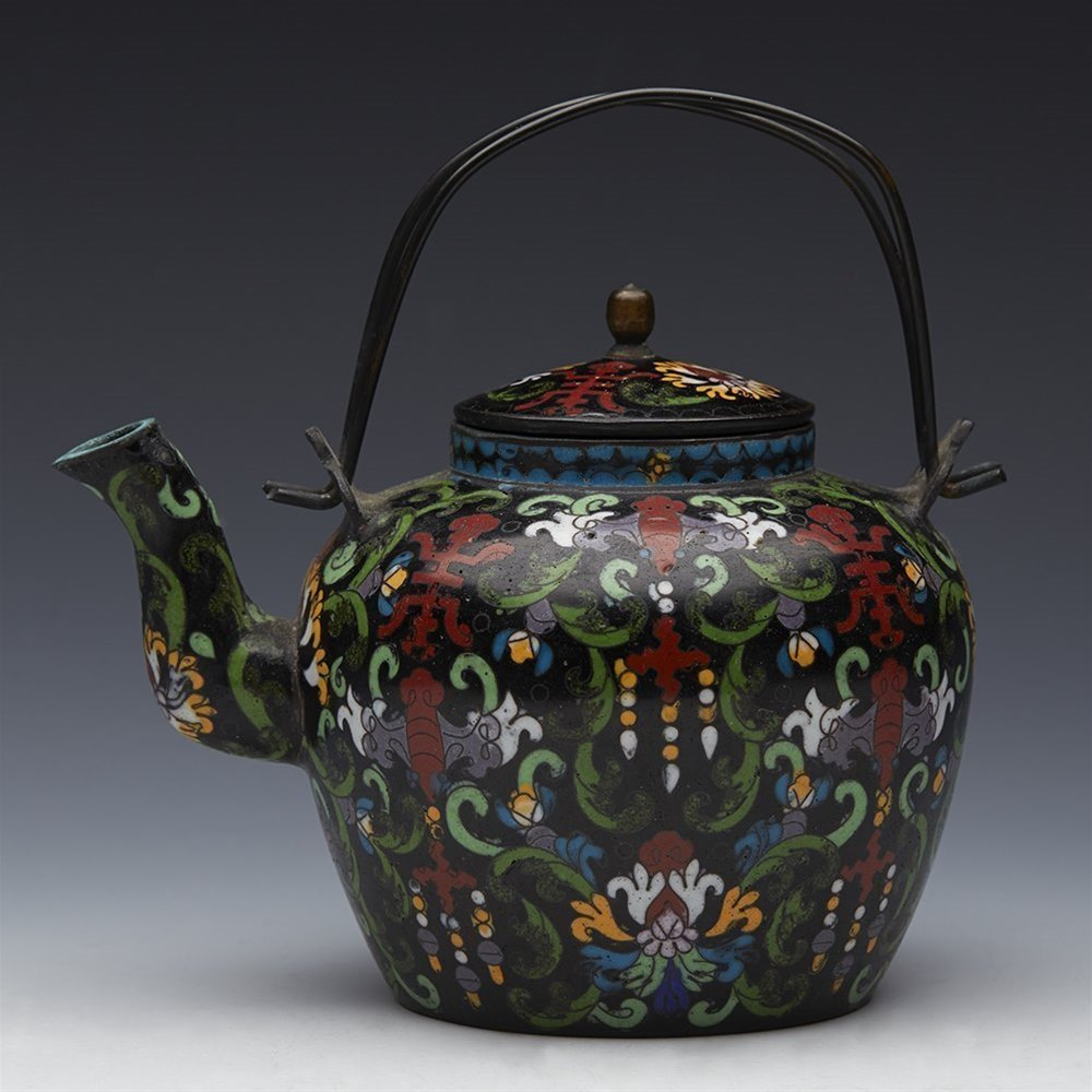 CHINESE QING  WINE POT Qing dynasty 19th Century