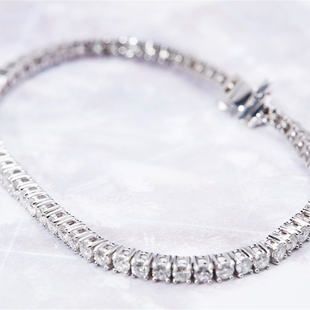 18K White Gold 4.90cts Diamond Tennis Bracelet
