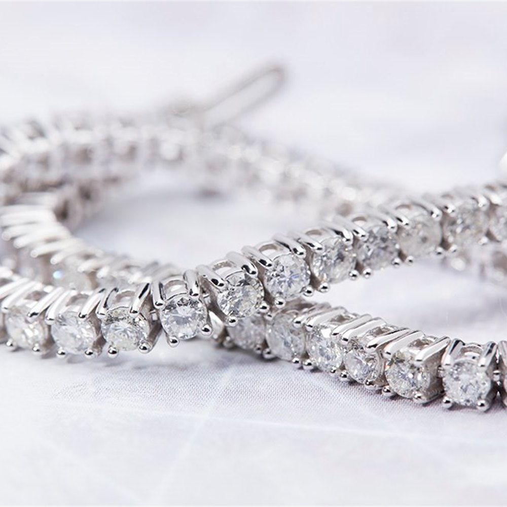 18K White Gold  18K White Gold 4.90cts Diamond Tennis Bracelet