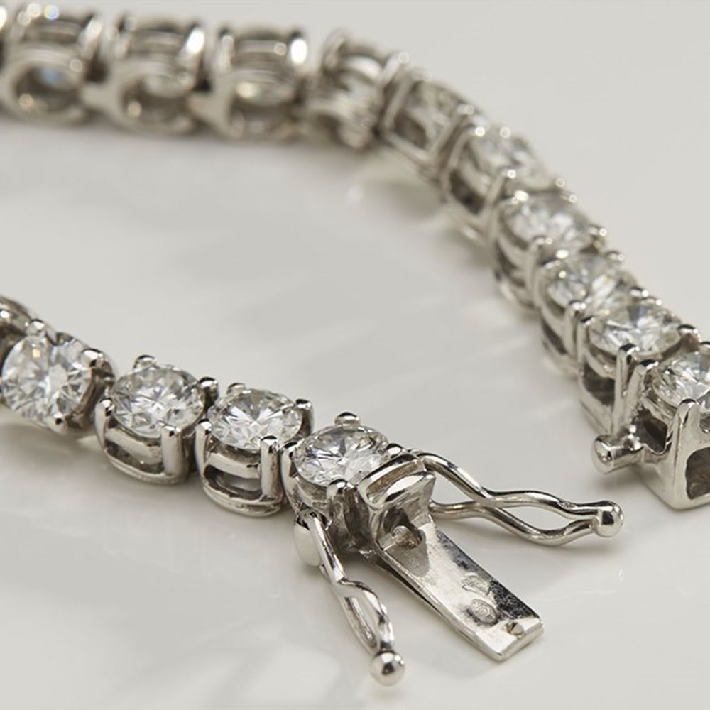 18K White Gold  18K White Gold 8.40cts Diamond Tennis Bracelet