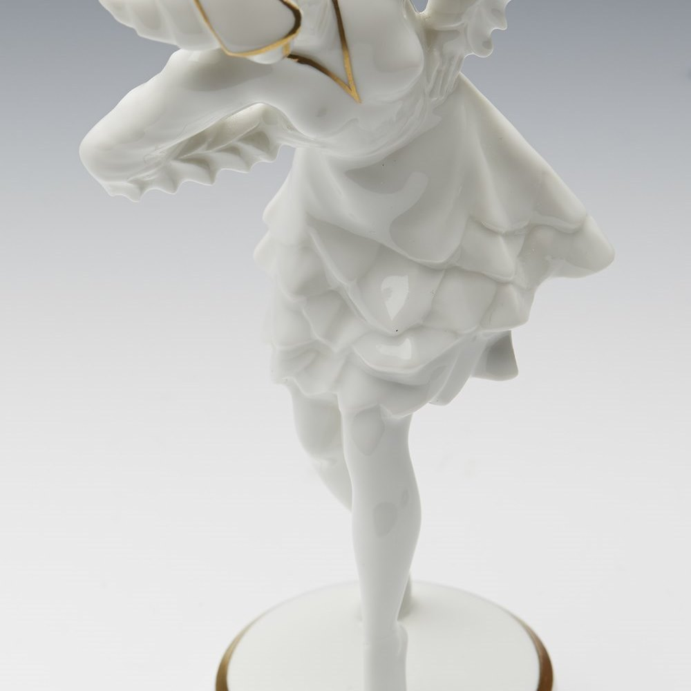 ART DECO HUTSCHENREUTHER PORCELAIN DANCER FIGURE C.1919-1928 Circa 1919 to 1928