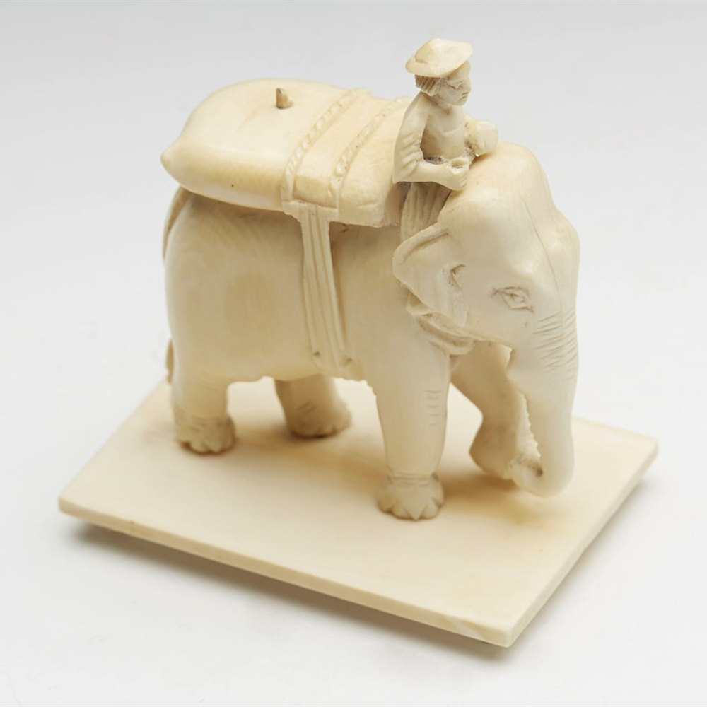 INDIAN IVORY RIDER & ELEPHANT Dates from the 19th Century