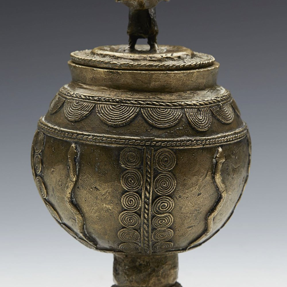 AFRICAN BRONZE LIDDED JAR 19/20TH C. 19th or early 20th Century