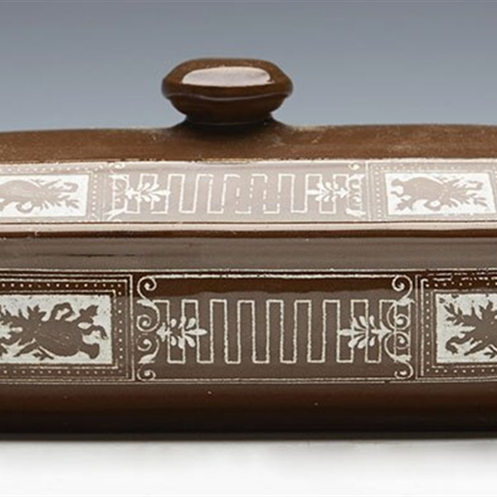 EARLY AESTHETIC MOVEMENT BROWN-WESTHEAD MOORE LIDDED BATHROOM BOX c.1864 Registration mark for 1864
