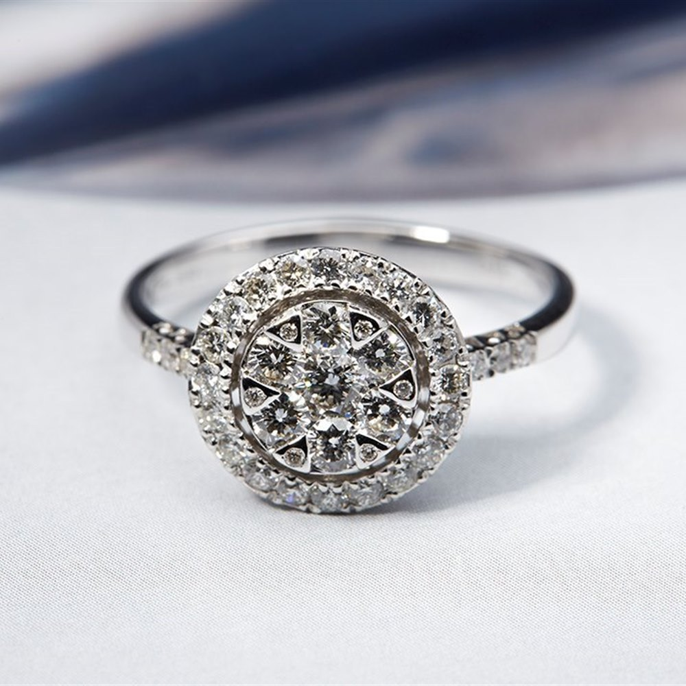 Mappin & Webb 18K White Gold 0.86cts Diamond Cluster Ring Size Q