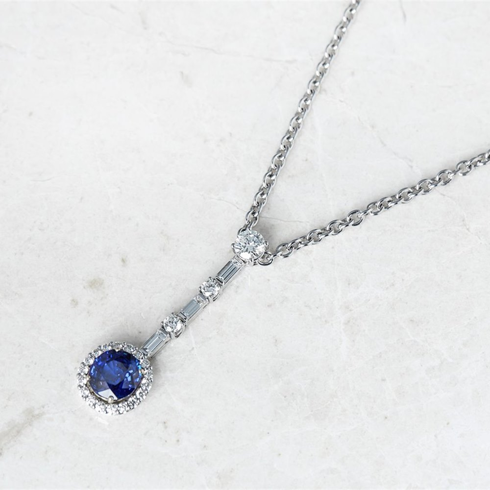 Picchiotti 18k White Gold Oval Cut 3.36ct Sapphire & 1.53ct Diamond Necklace