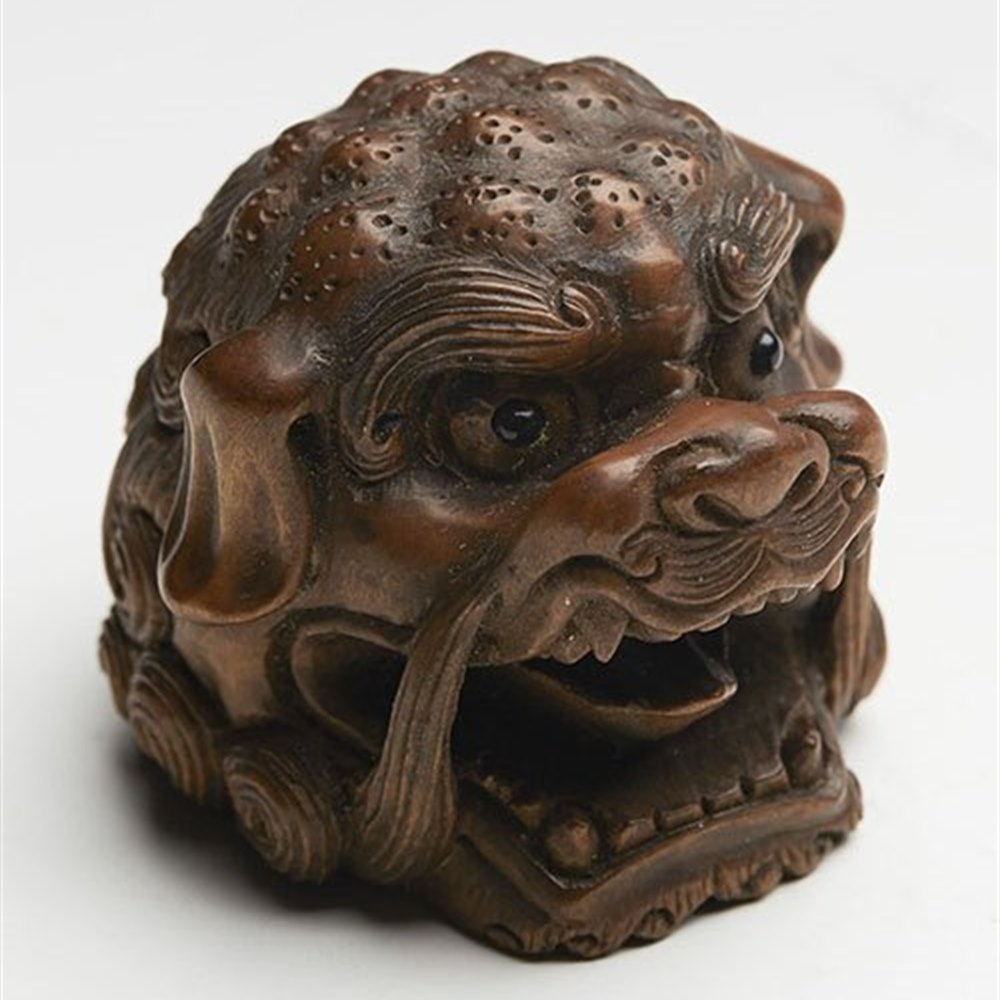 JAPANESE NETSUKE SIGNED c.1900 Dates from the early 20th Century