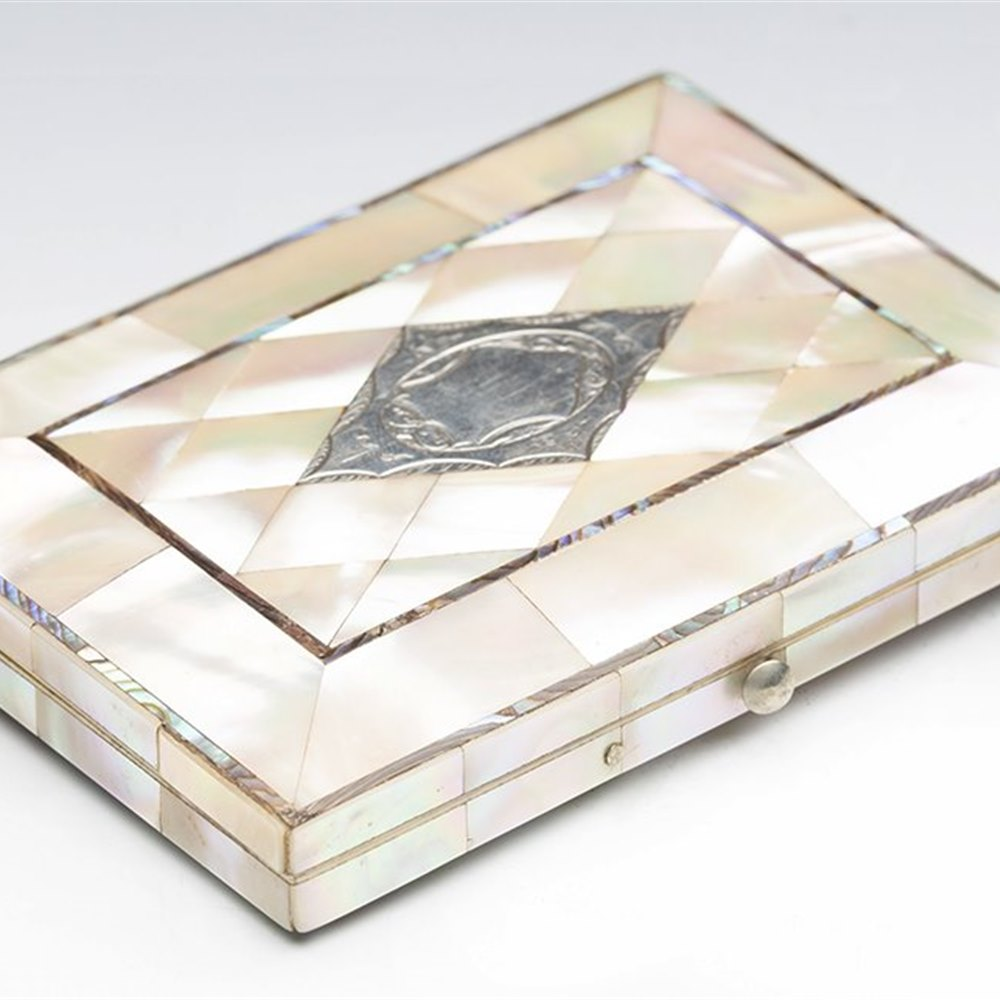 MOTHER OF PEARL CARD CASE 19TH C. Dates from the 19th century