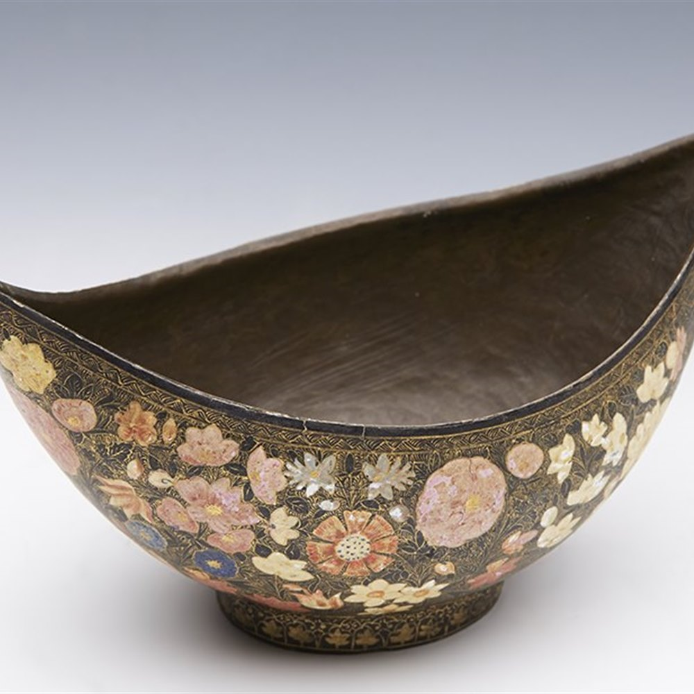 INDIAN BEGGARS BOWL 18/19TH C. 19th or possibly late 18th Century