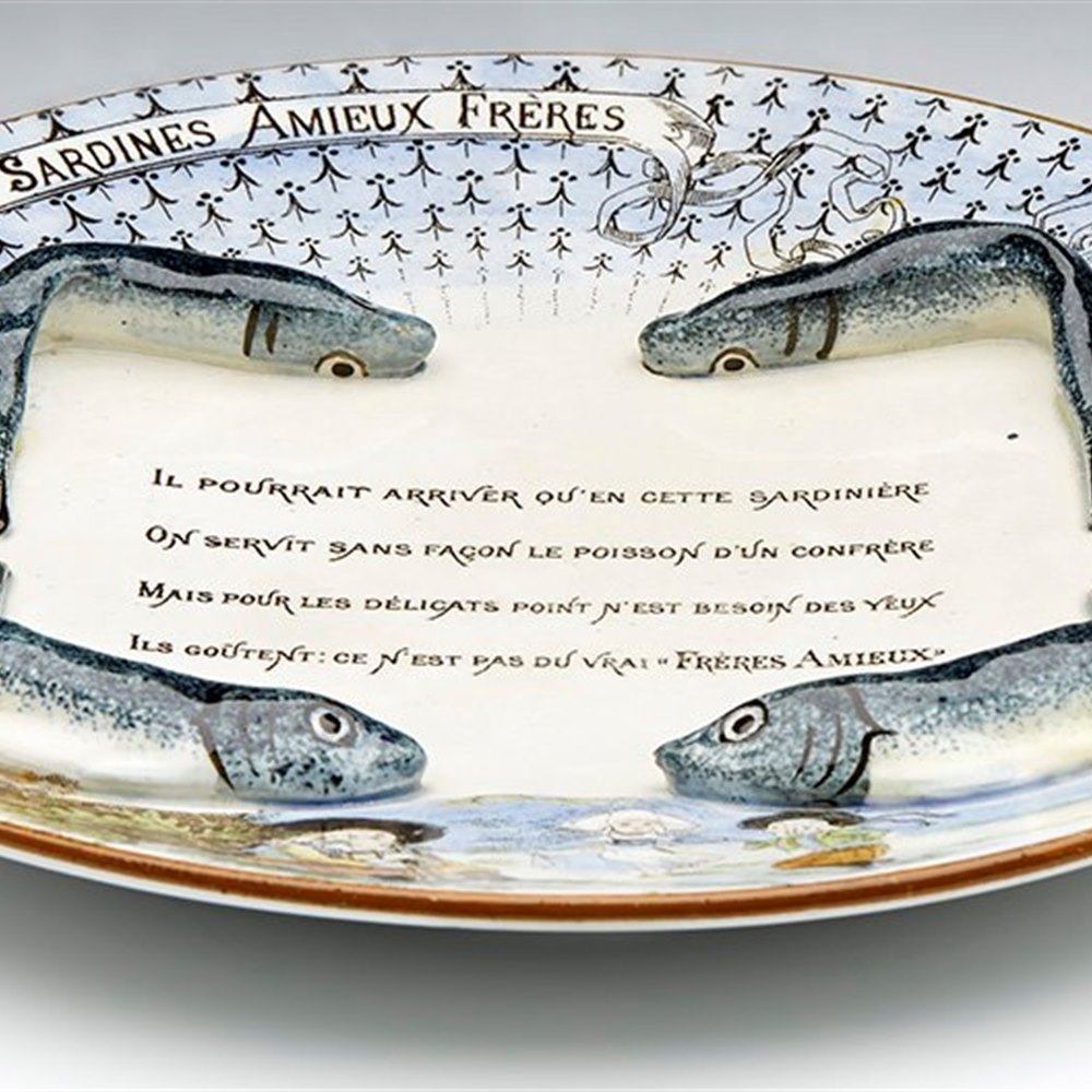 FRENCH AMIEUX FRERES SARDINE PLATE Dates from between 1890 and 1910