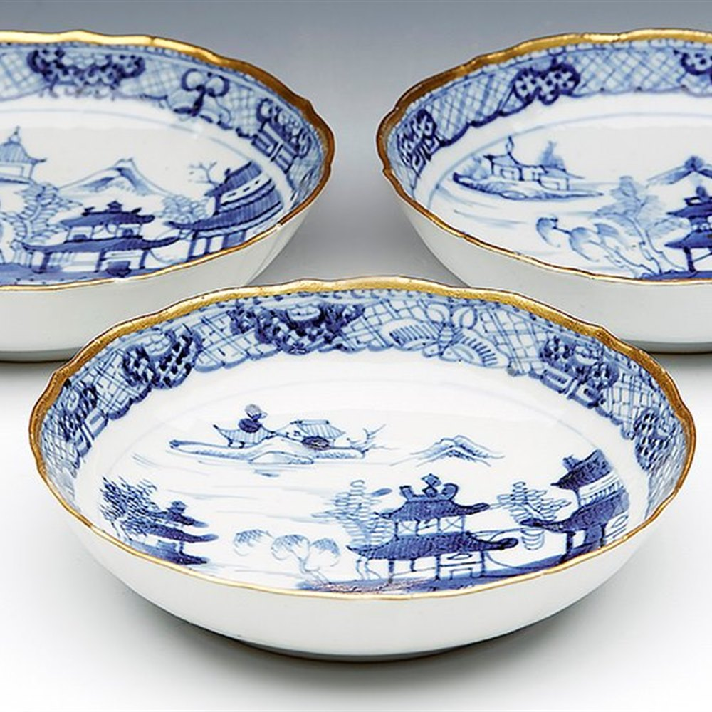 Fine Set Three Antique Chinese Qianlong Blue & White Saucer Dishes 18Th C.