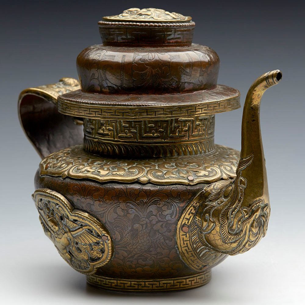 CHINESE TEA POT 19TH C 19th Century